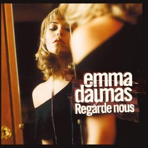 Emma Daumas Regarde Nous