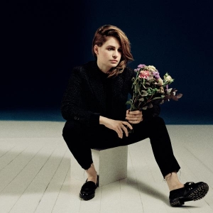 Christine and the Queens Nuit 17  52 (radio edit)